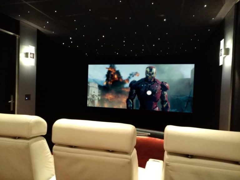 Salle-Cinema-Spider_web-1024x768